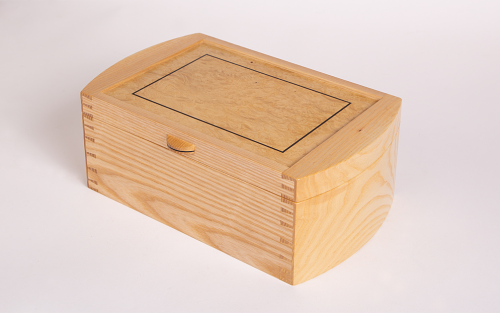 Jewellery box in ash with curved ends
